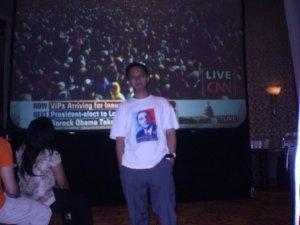 Menghadiri pesta pelantikan Obama di Jakarta, 2009. Empat tahun pertama usai.