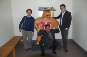Kenangan berkunjung ke University of Maryland, US. Kampus nyaman, belajar pun semangat.