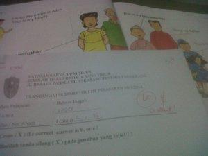 Hasil UAS Bahasa Inggris Einzel & workbooknya. Excellent.