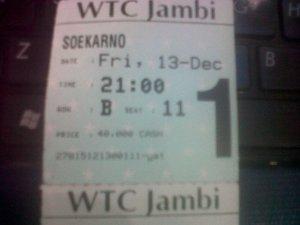 """""""Soekarno: Indonesia Merdeka"""" diputar di Jambi. Satu dari sedikit bioskop XXI di Sumatera."""
