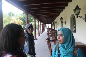 Pengambilan gambar lokasi bersejarah di Jakarta. Memutar waktu sejarah.