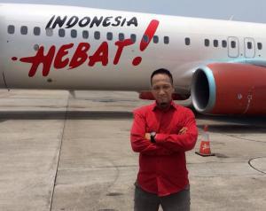 Ipang Wahid menyertai kampanye PDI Perjuangan. Bangga bertagline Indonesia Hebat. (foto diambil dari twitter @ipangwahid)