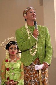 Yogyakarta, 19 Agustus 2006. Time flies, full of miracles...