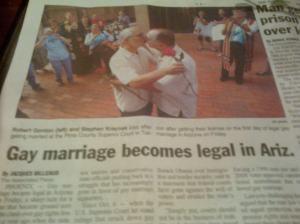 Berita pengesahan pernikahan sesama di Arizona. Menambah daftar negara bagian di AS.