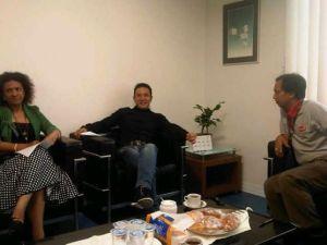Di ruang tunggu narasumber bersama dua artis yang nyaleg. Putri Nere untuk DPRD Papua dan Sonny Tulung DPR dari Sulut.
