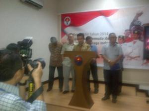 Menpora Imam Nahrawi umumkan Tim 9. Harapan besar sepabola Indonesia.
