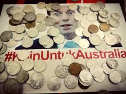 Pengumpulan koin pengembalian bantuan Australia. Respon kemarahan kepada Abbott.