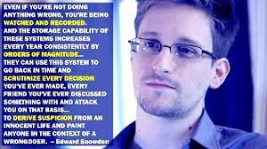 Ed Snowden, sang pembongkar rahasia. Dihukum penjara 30 tahun tapi lari ke Rusia.