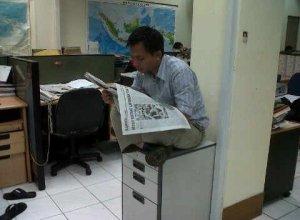 Bagja Hidayat di kantor Tempo. Media acuan publik.